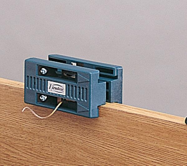 Cut, Scrape, Saw & Plane : Virutex Double edge trimmer AU93